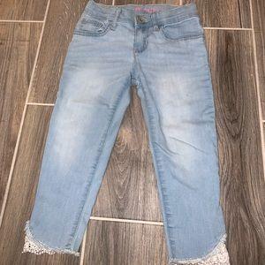 Children's place jeans w/ lace ankle detail